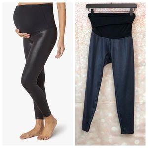 NWOT Maternity Pearlized High Waist Midi Legging